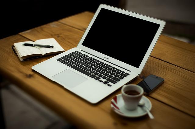 池袋駅のパソコンが使える場所・カフェ